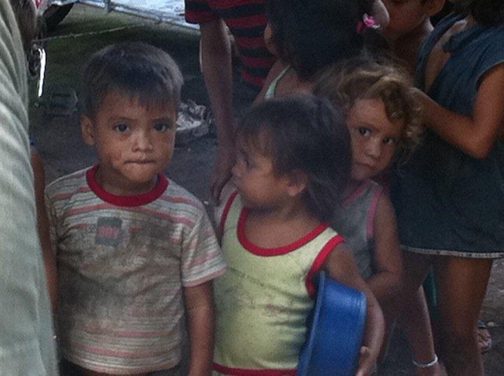 feeding-kids